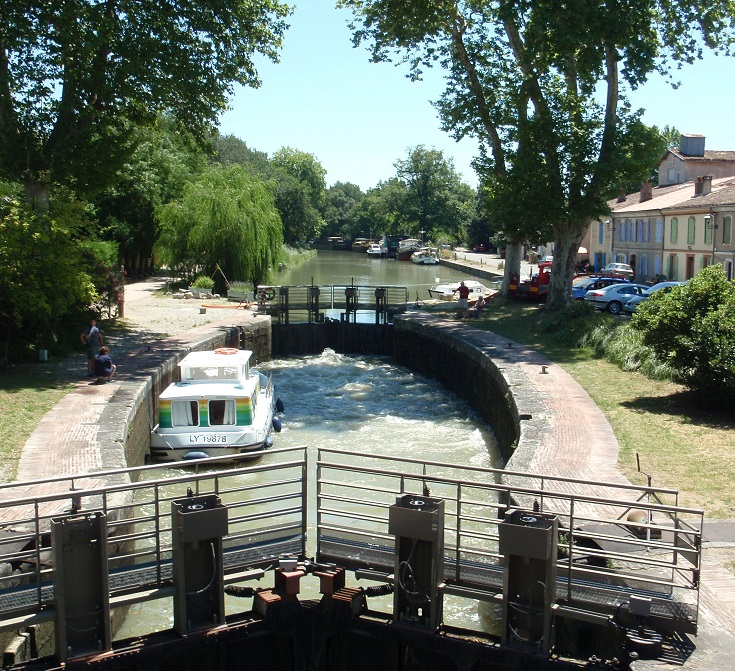 Écluse de Gardouch, Midi Canal, Canal walks in France
