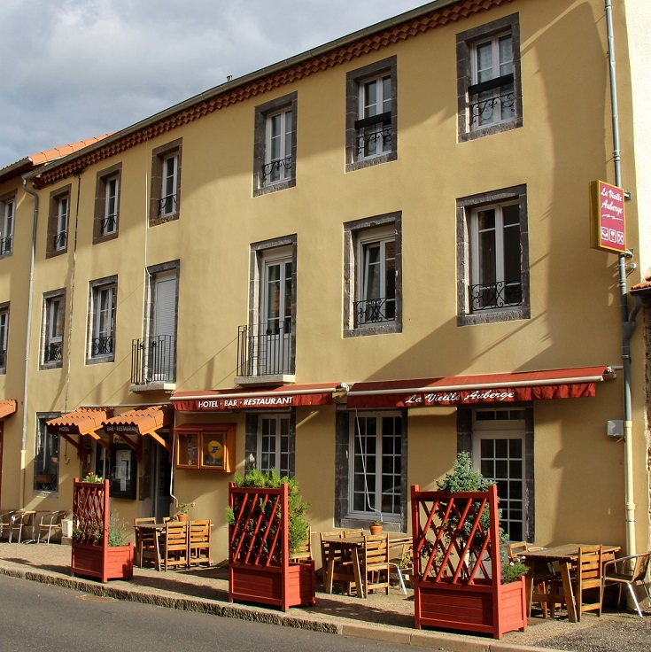 La Vieille Auberge, Saint-Privat-d'Allier, GR 65, France