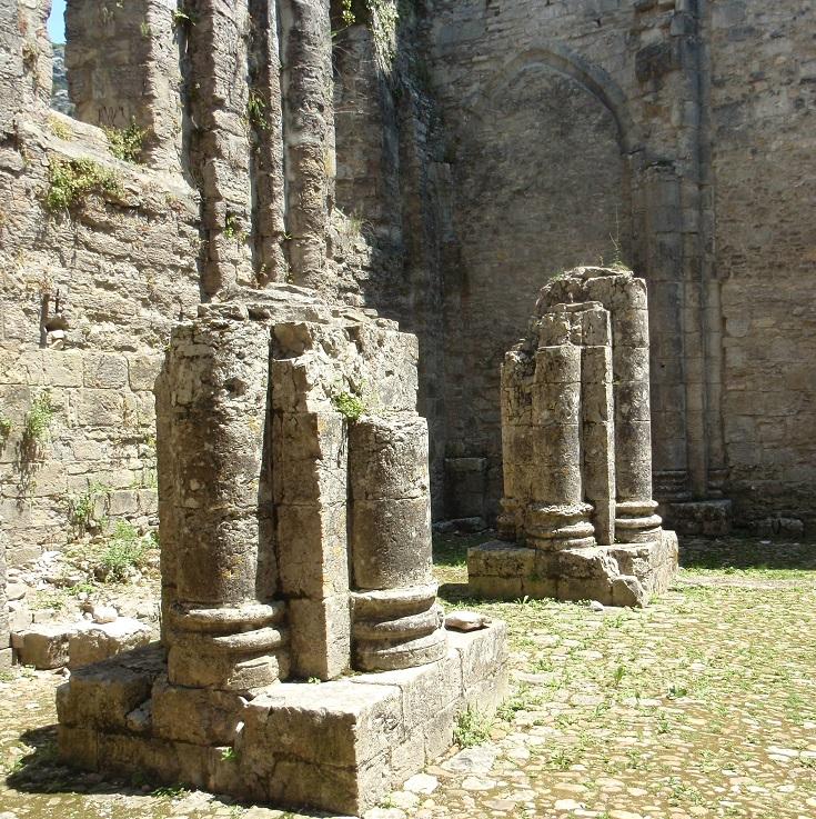 Abbaye de Saint-Pierre, Marcilhac-sur-Célé, GR 651, France