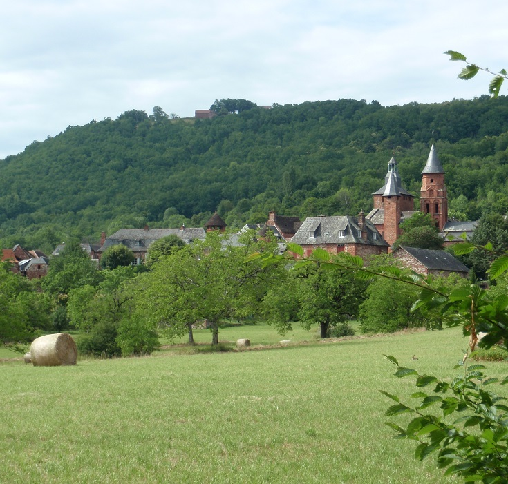 Approaching Collonges-la-Rouge, GR480, France