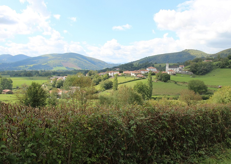 Approaching Ostabat-Asme, Chemin de Saint-Jacques