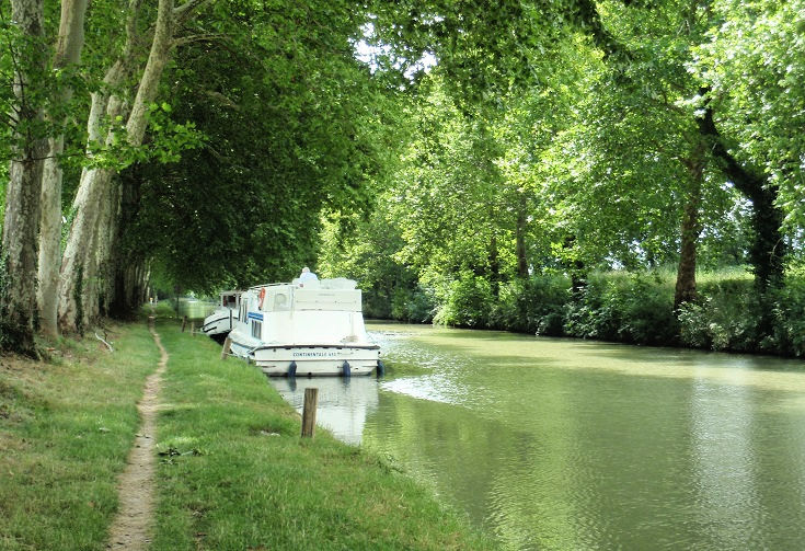 Between Bram and Alzonne, Midi Canal, France