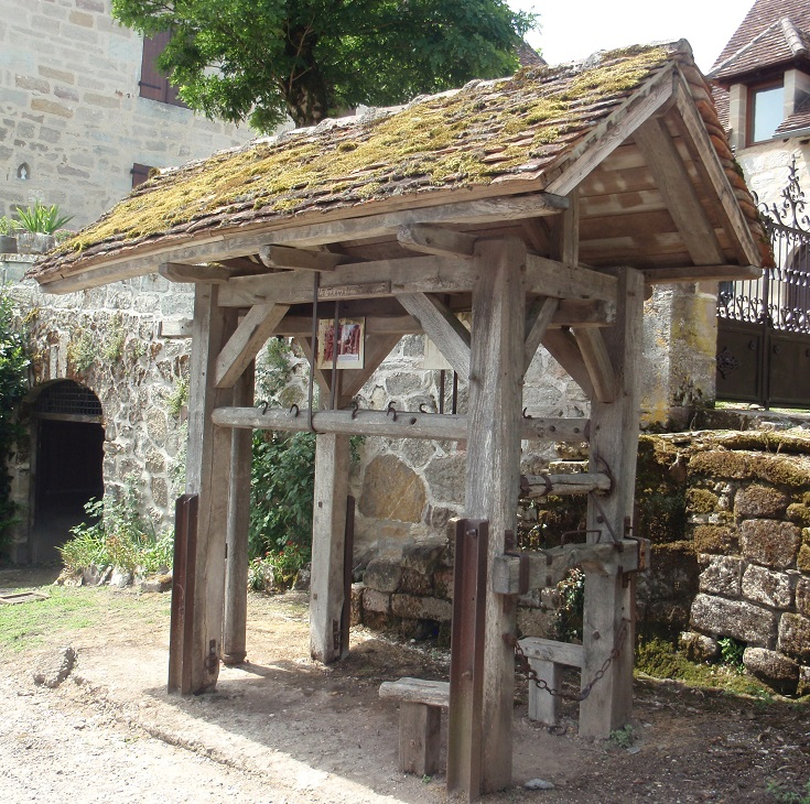 Blacksmith stall, Curemonte, GR480, France