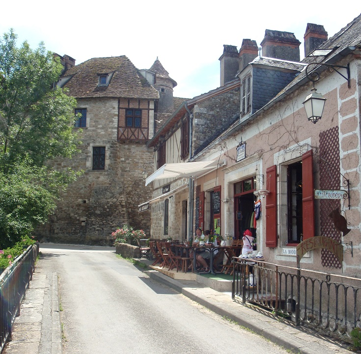Cafe La Bodega, Carennac, GR652, France