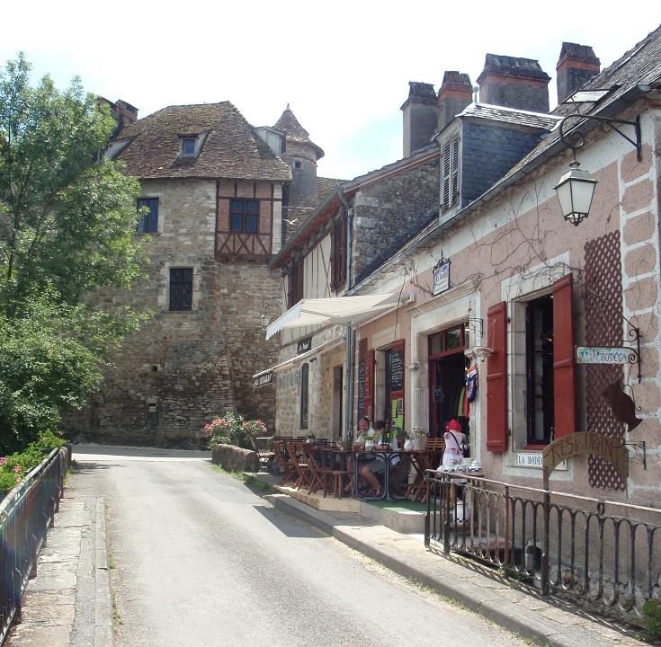 Cafe La Bodega, Carennac, GR652, France