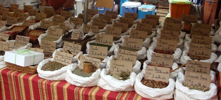Spice stall at the Cahors market, Cahors to Eauze