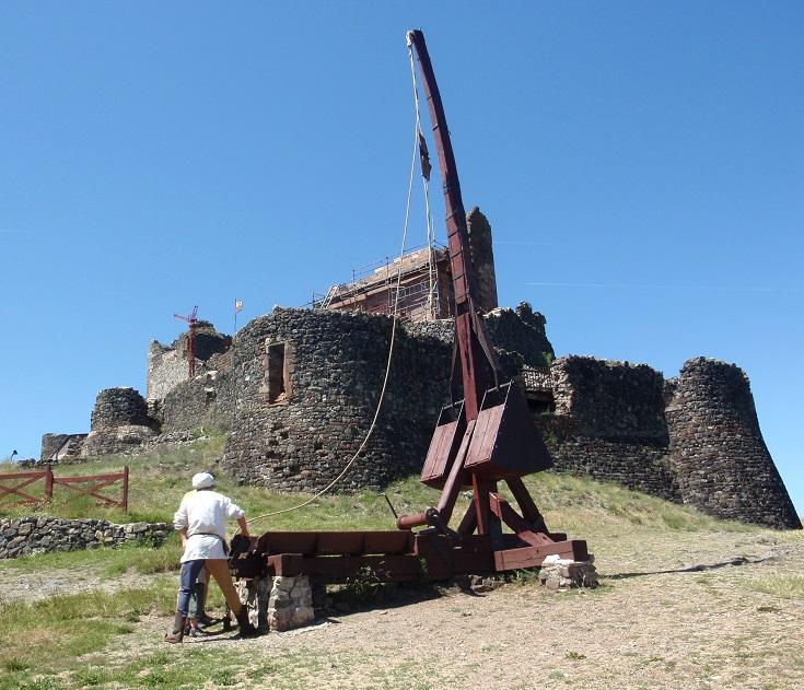 Château Fort de Calmont d'Olt, Espalion, GR 65, Chemin de Saint-Jacques, France
