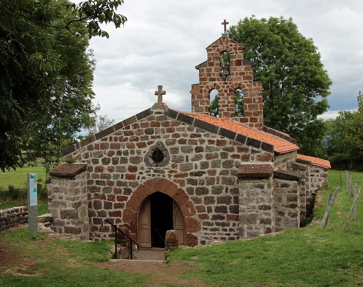 Chapelle Saint-Roch, GR65, Chemin de Saint-Jacques du-Puy, France
