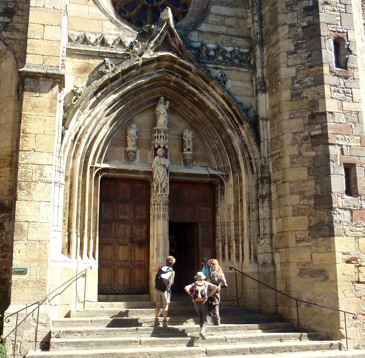 Church doors, Saint-Côme-d'Olt, GR 65, Chemin de Saint-Jacques, France