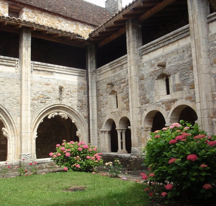 Cloister, Carennac, GR652, France