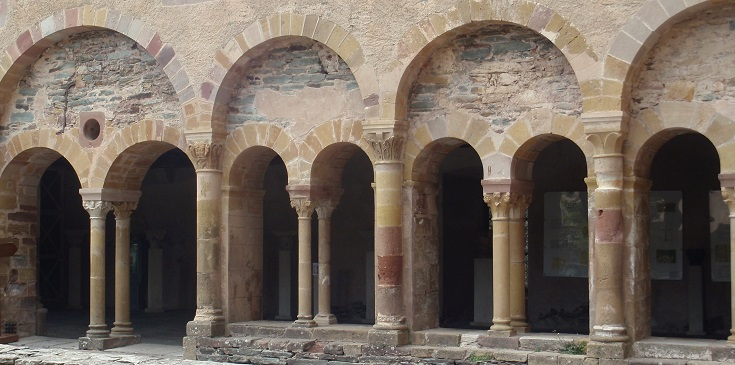 Cloister, Conques, GR65, France