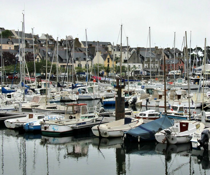 Douarnenez, GR 34, Coast of Brittany, France