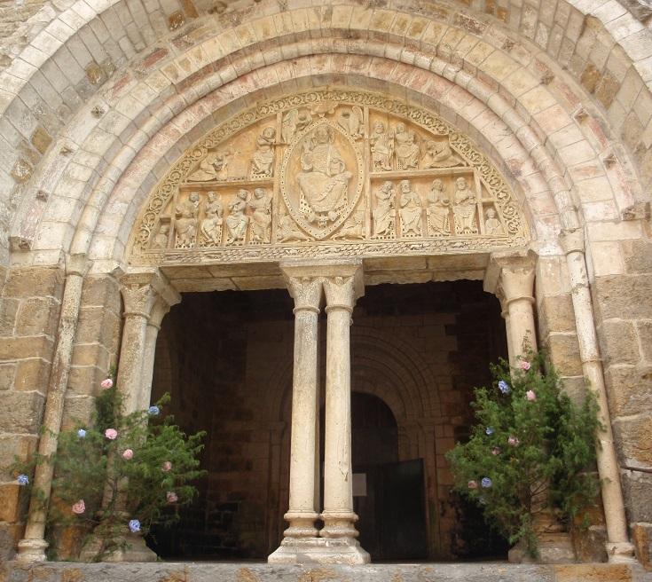 Eglise Saint-Pierre, Carennac, GR652, France