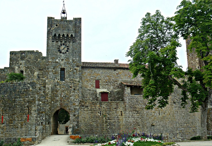 Larressingle, Cahors to Eauze, GR 65, France