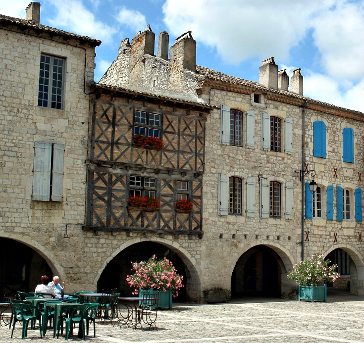 Main square, Lauzerte, GR 65, France