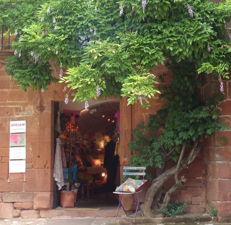 Mirjams gift store, Collonges-la-Rouge, GR480, France