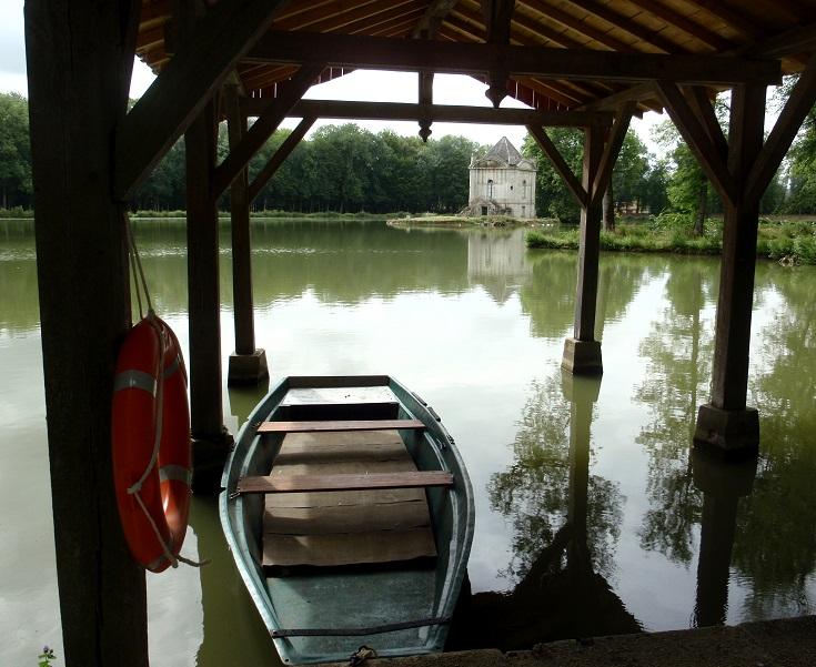Parkland surrounding Chateau d'Ancy-le-Franc, Burgundy Canal, France