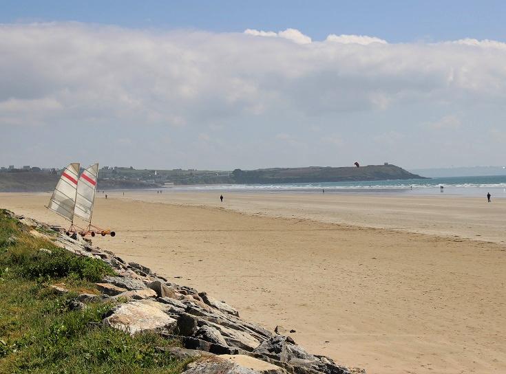 Wind sails on Pentrez beach, France