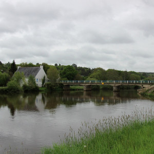 Walking along the canals of Brittany – Pont Augan