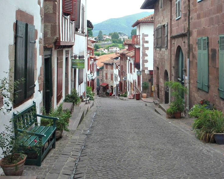 5 unforgettable moments in saint jean pied de port i love walking in france - Albergue st jean pied de port ...