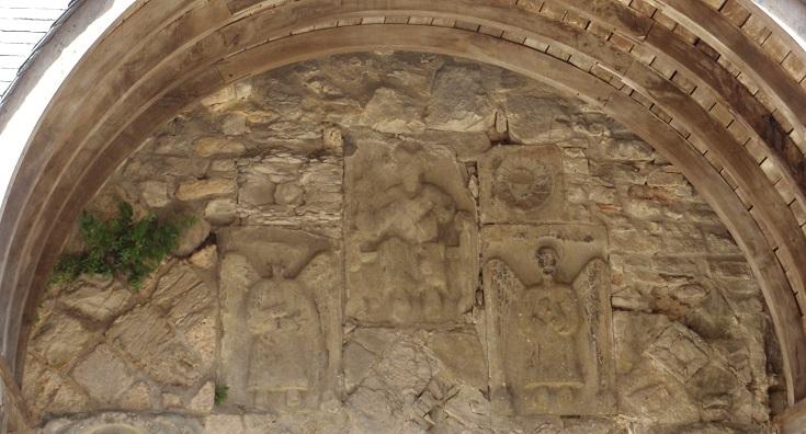 Tympanum, Abbaye de Saint-Pierre, Marcilhac-sur-Célé, GR 651, France
